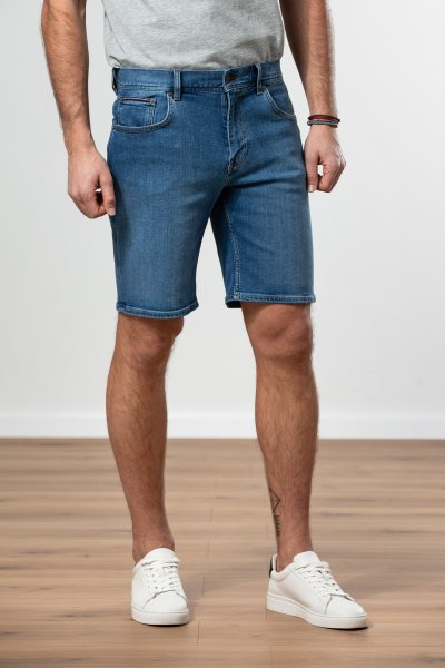 TOMMY HILFIGER Denim Shorts 10551404
